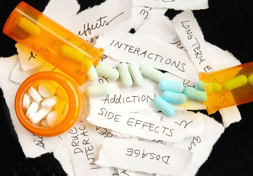 Negative effects that can arise from mixing Klonopin with other drugs.