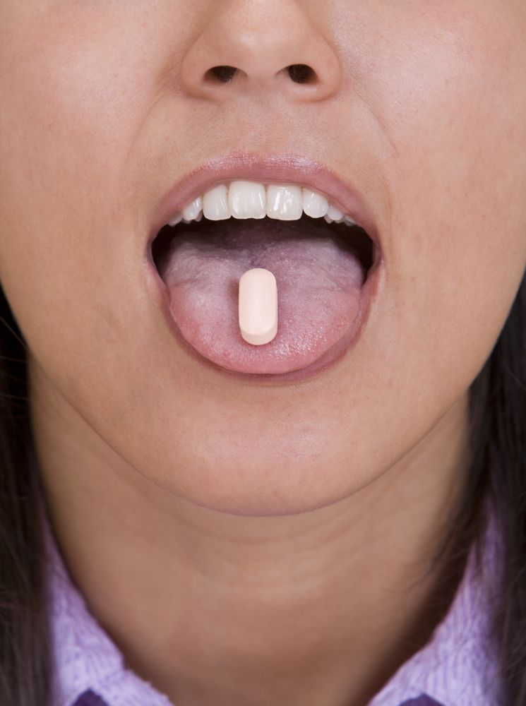 Woman is willing to use Xanax pilll