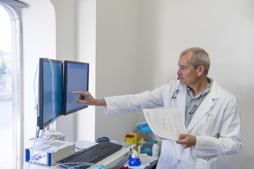 Doctor explaining results