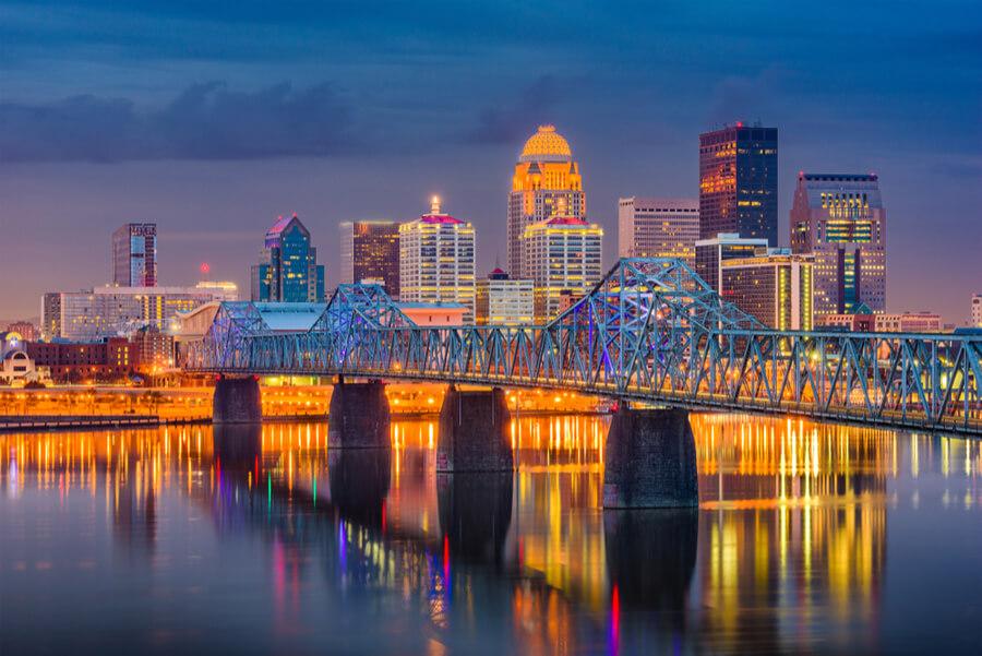 Louisville, Kentucky, USA downtown