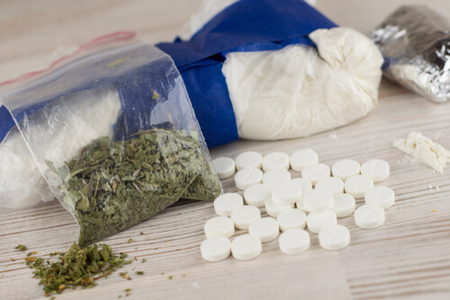 marijuana as a gateway drug to pills and cocaine