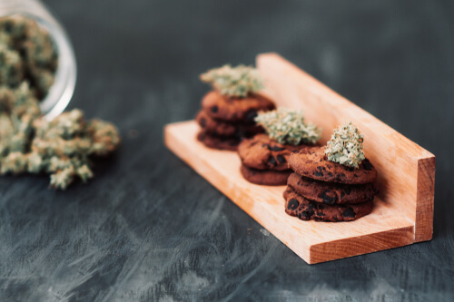 cannabis-infused cookies