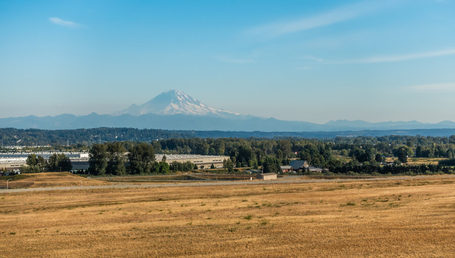 Mount Rainier from Kent, Washington