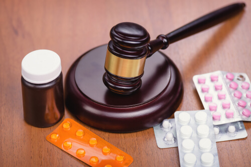 Medicine and the law accessories