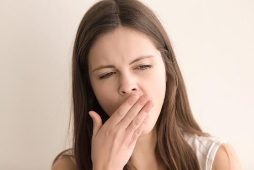 woman feeling drowsy