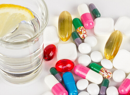 Mixing alcohol with medical drugs