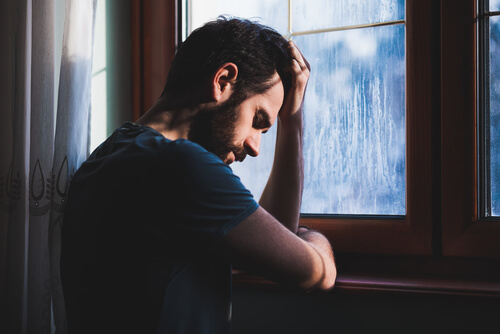 link between effexor and suicides among adults