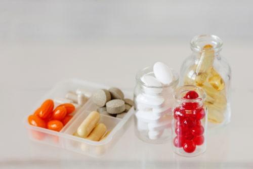 Lisinopril alternatives pills and herbal capsules.