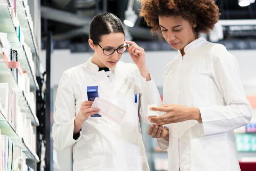Two Doctors Discuss Medicines